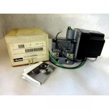 """NEW IN BOX PARKER CCJ1S25B01 120V  SOLENOID VALVE 4-WAY  COIL 1/4"""""""