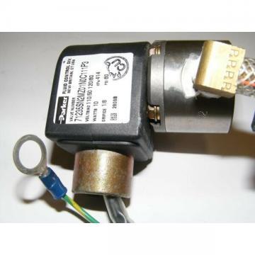 PARKER VALVE 71235SN2MZ01N0C111P3 10W 60 PSI ORIFICE 1/8 VOLTS/HZ 110/50 120/60